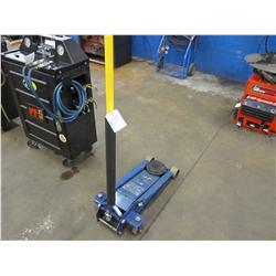 Napa, model 899-6420, 3.5 ton floor jack