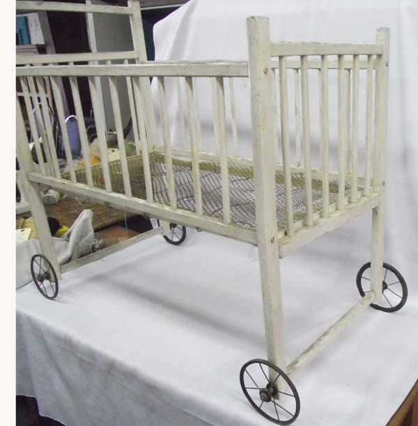 Antique baby crib must be picked up for Baby bed with wheels