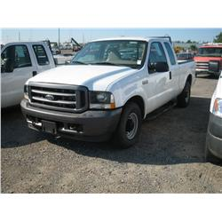 2004 FORD F250XL S/D EXT CAB,