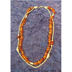 514. Amber and Silver Beaded Necklace.