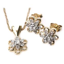 LADIES 14K GOLD DIAMOND STUD EARRINGS & NECKLACE