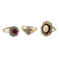 LADIES 10K YELLOW GOLD TANZANITE OPAL RING LOT (3)