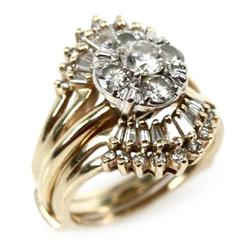 LADIES 14K GOLD DIAMOND CLUSTER RING W/ WRAP