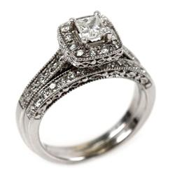 LADIES 14K WHITE GOLD DIAMOND WEDDING RING SET