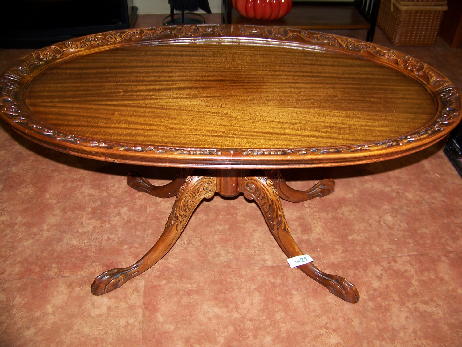Merveilleux Antique Coffee Table With Claw Feet. Loading Zoom