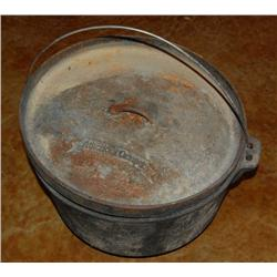 Cast Iron 15  American Camper Dutch Oven.