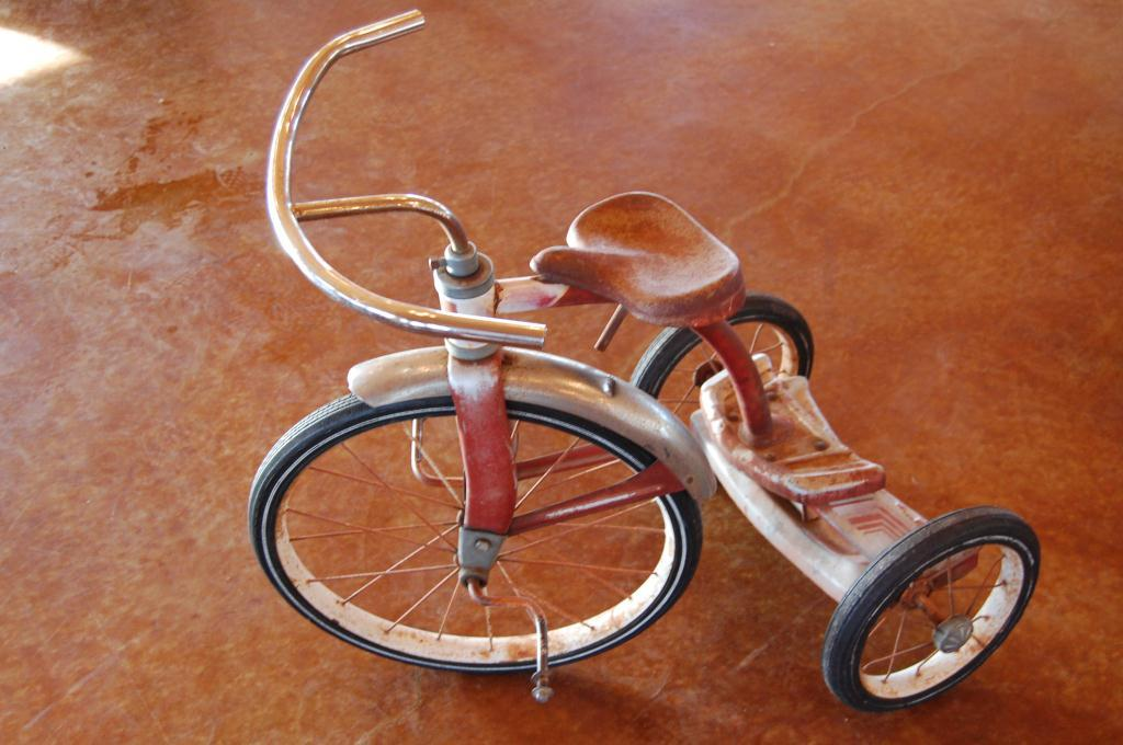 Vintage Tricycle Wheels : Vintage big wheel tricycle