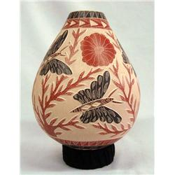 Mata Ortiz Butterfly pottery by Jesus Quintana