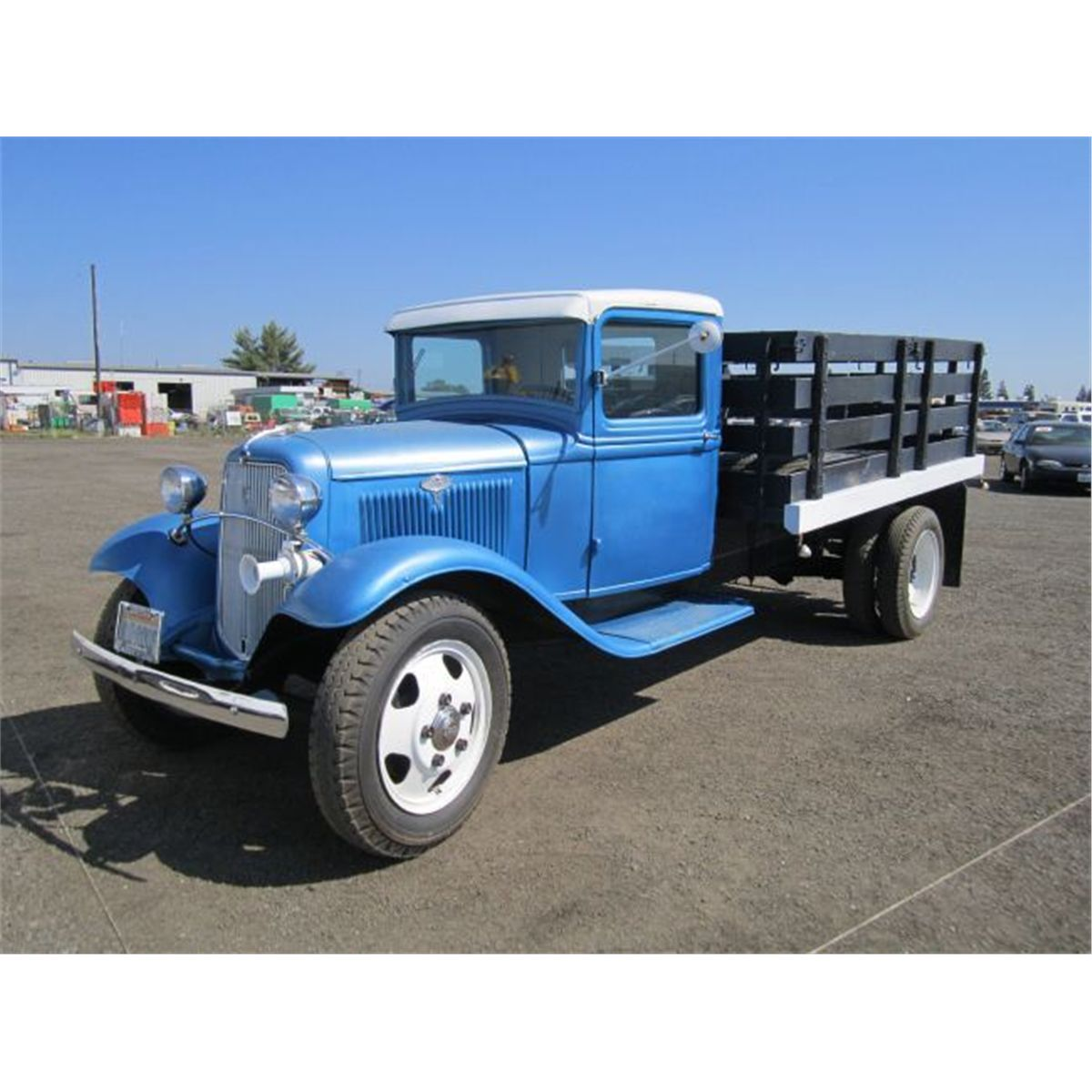 1933 Ford S/A Stake Side Flatbed Truck