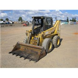 2000 Gehl SL 6635 DXT Skid Steer Loader