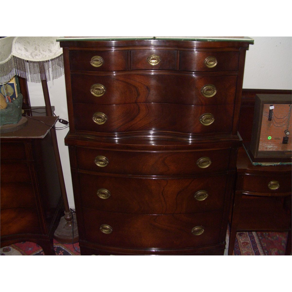 image 2 5 piece serpentine mahogany drexel bedroom set ssr