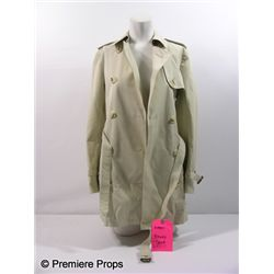 The Next Three Days Lara Brennan (Elizabeth Banks) Trench Movie Costumes