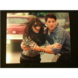 Final Destination 5 Photo Signed by Nicholas D'Agosto and Jacqueline MacInnes
