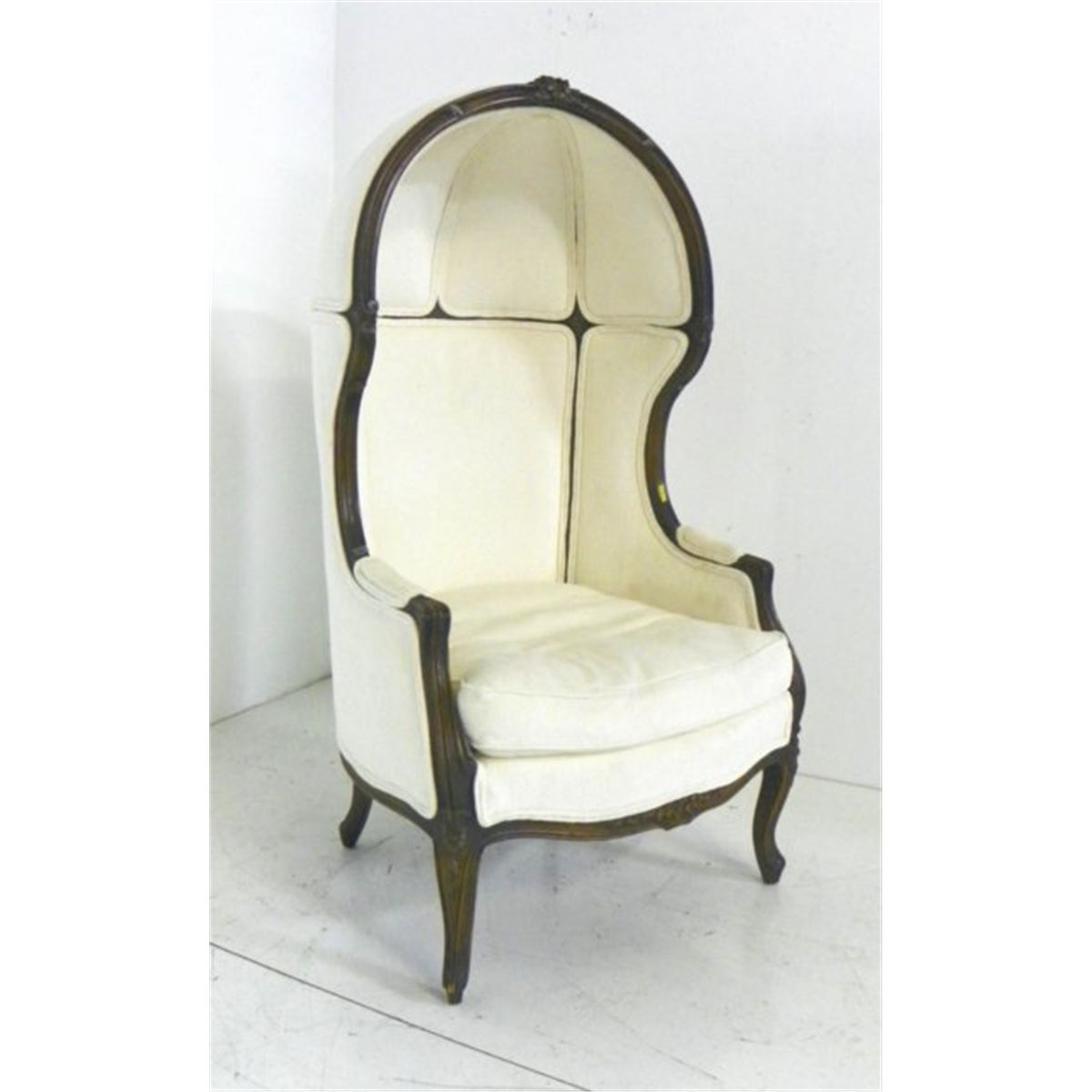 Delicieux French Style Hooded Porteru0027s Chair
