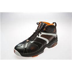Shaquille O'Neal Signed Black Basketball Shoe