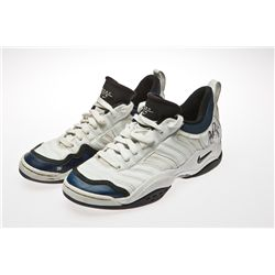 Pete Sampras signed Nike tennis shoes worn in 2002 US Open