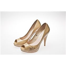 Miss America 2011 Teresa Scanlan Signed Beige Pumps