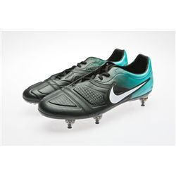 Robbie Keane Signed Black and Teal Nike Soccer Cleats