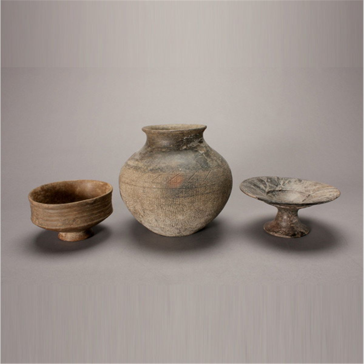 describing the traditional chinese clay vessels Explore oi keong lee's board chinese clay teapot/紫砂壶 on pinterest | see more ideas about tea pots traditional chinese clay teapot.