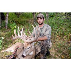 "5-day whitetail deer hunt for one hunter in Canada - includes up to 169"" SCI"