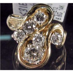14K GOLD LADIES DIAMOND RING - SIZE 4.75