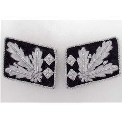 PAIR GERMAN NAZI WAFFEN SS GENERAL COLLAR TABS