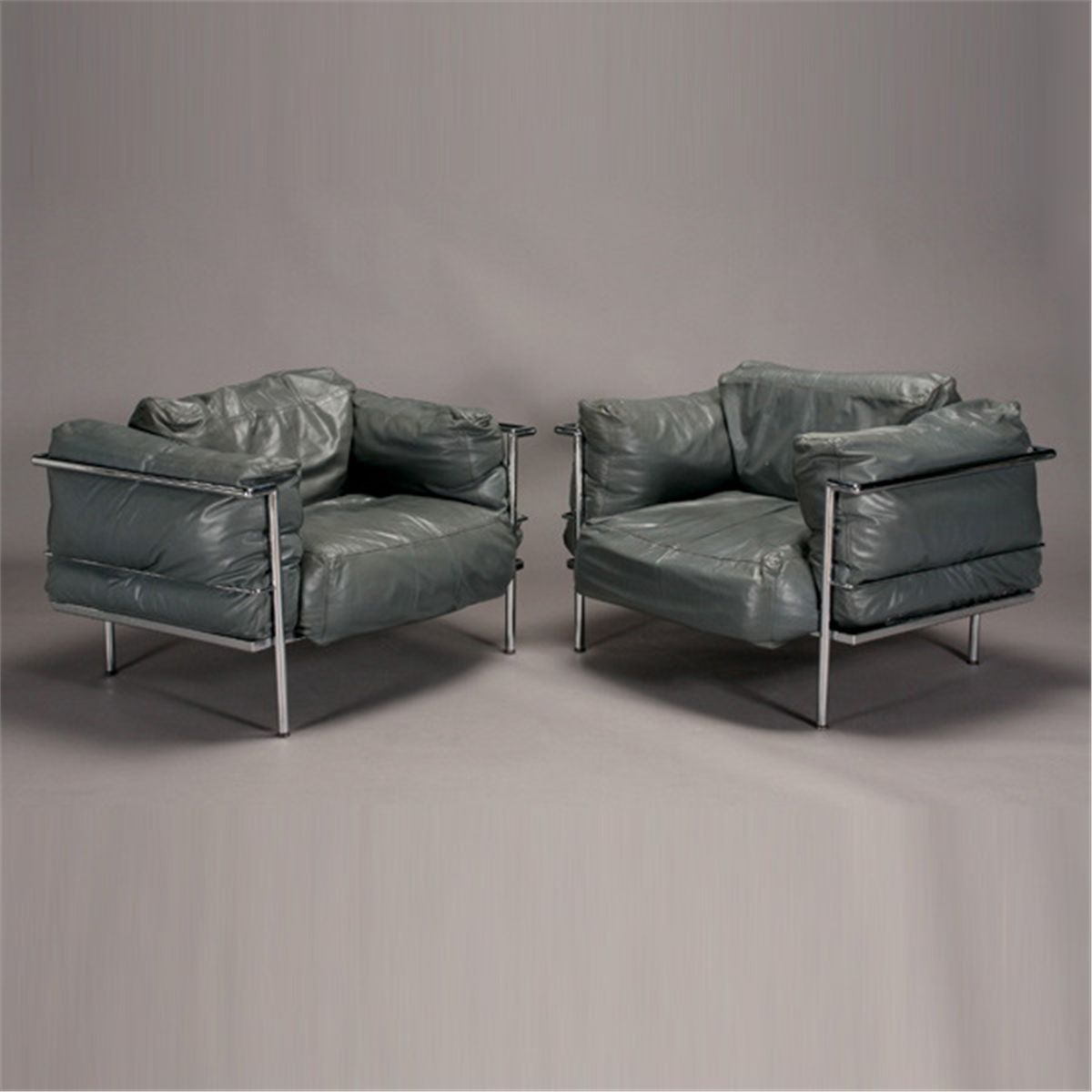 Pr Le Corbusier Style Lc3 Grand Comfort Chairs