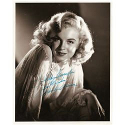 Marilyn Monroe beautiful photograph signed