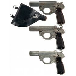 Three German Flare Pistols -A) WWII Schneider Single Barrel Flare Pistol
