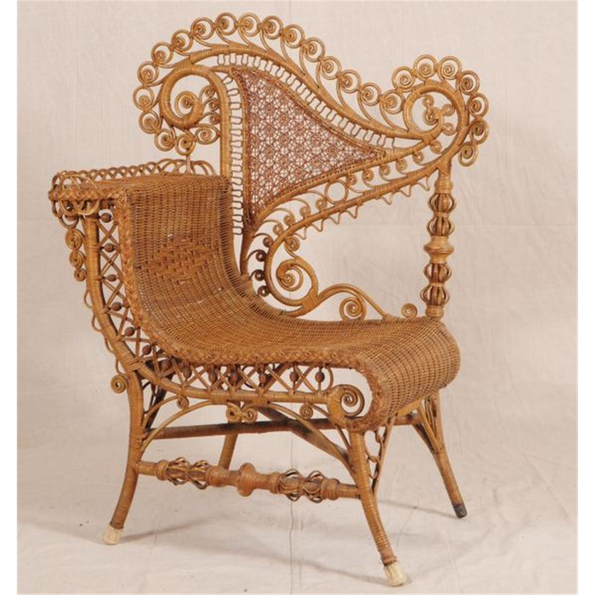 Victorian Furniture Of Victorian Wicker Chair