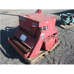 Toro Aerothatch 37 & Seeder 38 Attachment