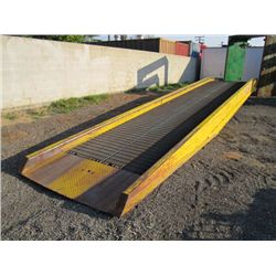 CopperLoy Portable Hydraulic Loading Ramp