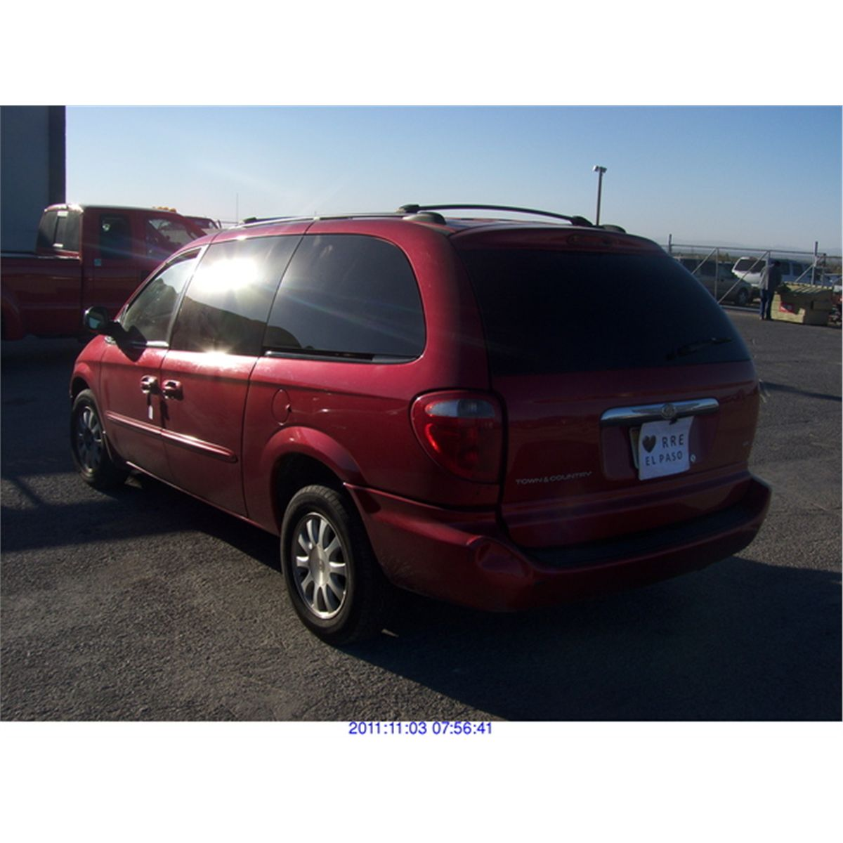 2003 chrysler town and country salvage title. Black Bedroom Furniture Sets. Home Design Ideas