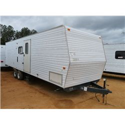 2006 FLEETWOOD 8'X32' CAMPER TRAILER