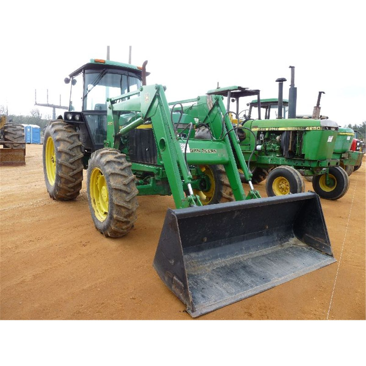 john deere 2955 4x4 farm tractor j m wood auction company inc. Black Bedroom Furniture Sets. Home Design Ideas