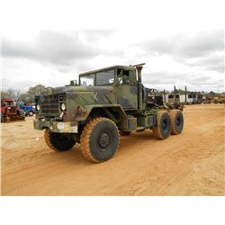 AM GENERAL 6X6 T/A TRUCK TRACTOR