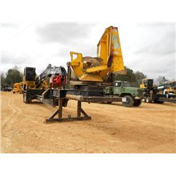 CAT 529 LOG LOADER
