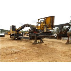 TIGERCAT 230B LOG LOADER