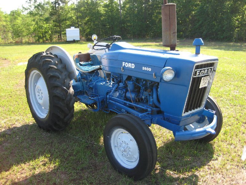 Ford 3600 Tractor : Ford farm tractor j m wood auction company inc