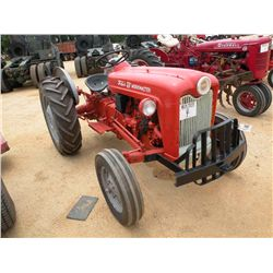FORD 601 WORKMASTER 2 WD FARM TRACTOR