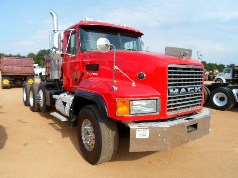 2000 Mack Tractor Truck : Mack ch tri axle truck tractor j m wood auction