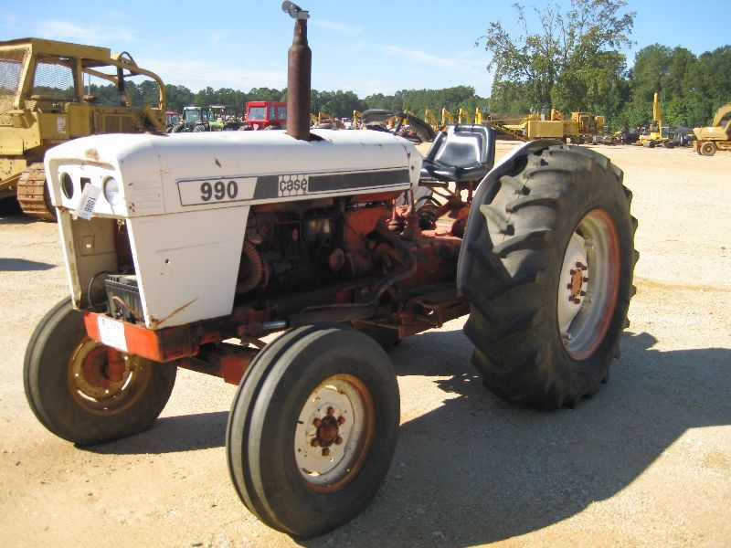 Case 990 Farm Tractors Parts : Case farm tractor j m wood auction company inc