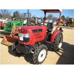 FARMPRO 2425 4X4 FARM TRACTOR