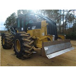 CAT 525C LOG SKIDDER