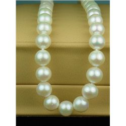 High quality ladies18 inch strand of round  cultured rose-pink color pearls averaging  8.50 MM in di