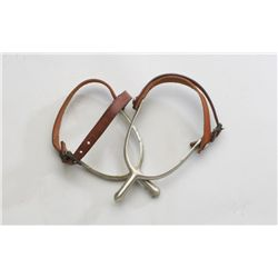 Pair of U.S. cavalry spurs with U.S. 1941  inspected leather straps in overall excellent  condition.
