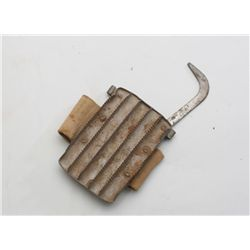 Authentic U.S. military curry comb with  attached tan woven grip in overall very good  condition.  E