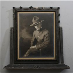"Framed WW I photo of a U.S. soldier, image  size approx. 10"" x 8"" and in overall very  good conditio"