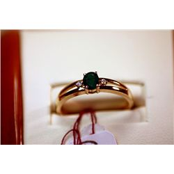 #101 - Fancy Ladys 14K Columbian Emerald Ring