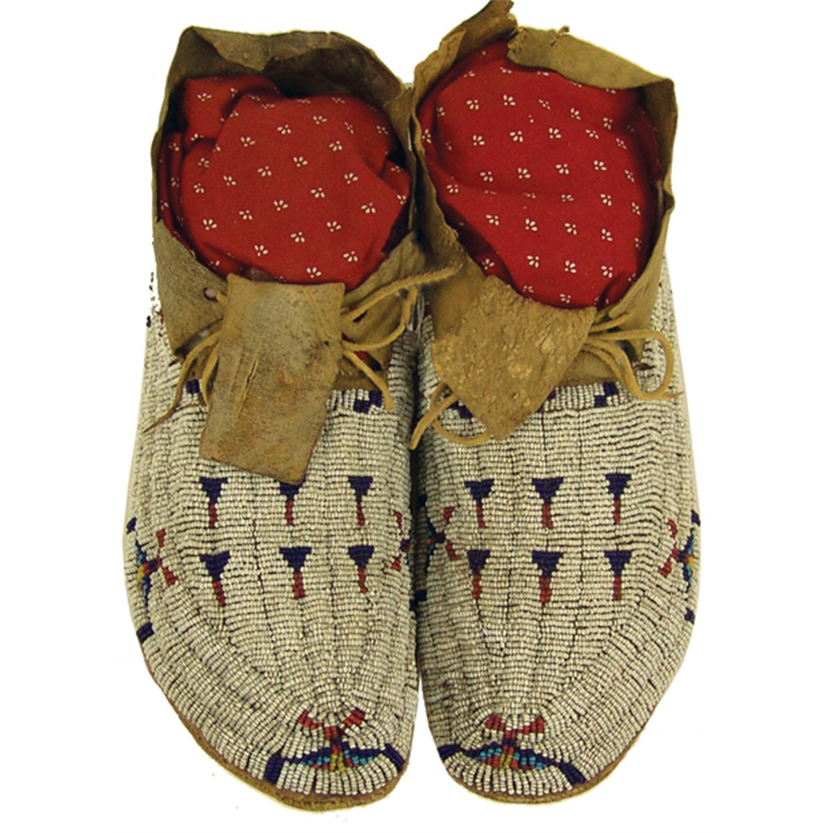 NativeTech Overview of Native American Footwear  Moccasins